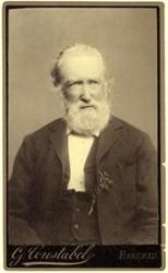 Theodor Storm (Fotografie von G. Constabel in Hanerau-Hademarschen, nicht datiert)